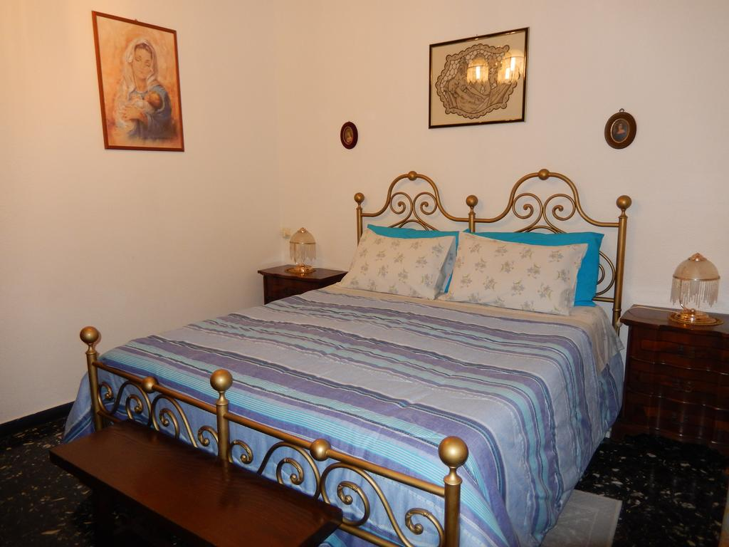 Casa Mira Bed and Breakfast