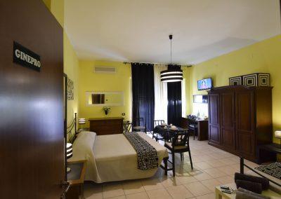 camera-ginepro-rooms-cagliari3