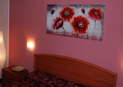 Un letto a casteddu camera matrimoniale