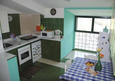 Una-finestra-sul-mare-casa-vacanze-cucina