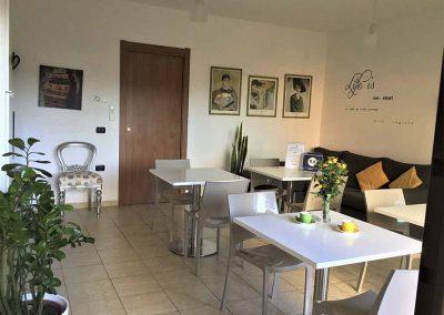 Sun and Sardinia Bed and Breakfast - Sala colazione