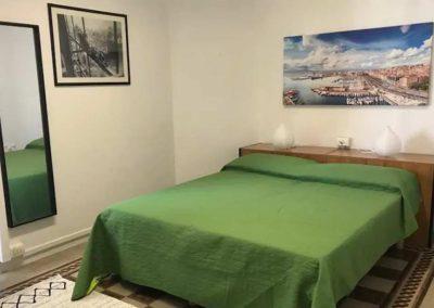 Aleni-House-Appartamento-Camera-con-letto-matrimoniale