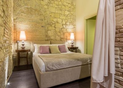 BB61 Suites and Bakery Casa Vacanze camera da letto matrimoniale
