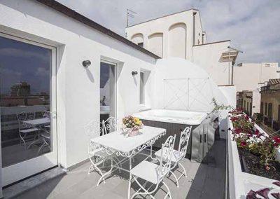 La-Terrazza-di-Bea-appartamento-terrazza-con-vista-su-quartiere-villanova