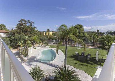 View of the pool - Villa Furoa - De Luxe Domo