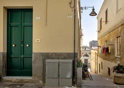 08_VSG25-apartment-porta-ingresso-e-chiesa