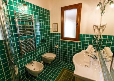 bagno-verde - Villa Flumini Bed and Breakfast